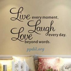 Live laugh love Wall Quotes decals Removable stickers decor Vinyl home art-small Living Room Decor Quotes, Bedroom Quotes, Wall Decor Quotes, Wall Stickers Quotes, Wall Stickers Home Decor, Wall Decals, Wall Art, 3d Wall, Cute Family Quotes