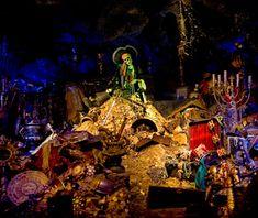 Disney's best original rides:Pirates of the Caribbean (Disneyland and Magic Kingdom)