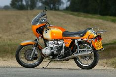 Why we love the BMW R90S