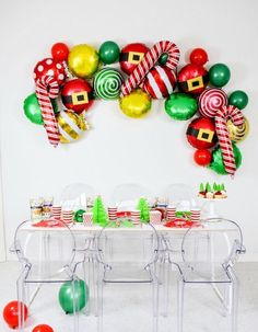 Adult Christmas Party, Christmas Birthday Party, Christmas Party Decorations, Balloon Decorations, Christmas 2019, Christmas Holidays, Xmas Party Ideas, Holiday Parties, Christmas Party Backdrop