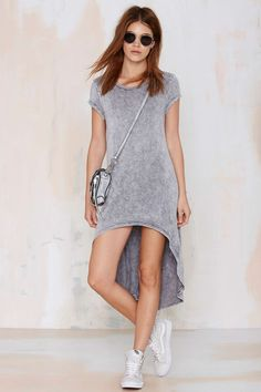 Drop To It Asymmetric Tee | Shop Clothes at Nasty Gal!