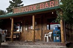 Known to Helena natives for their great burgers the York bar is a little off the beaten path, but well worth the drive. York has horse shoe pits out back and great views of jagged mountain terrain.