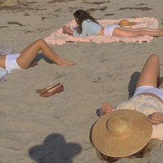 Image uploaded by thevanishingocean. Find images and videos about summer, aesthetic and beach on We Heart It - the app to get lost in what you love. Summer Dream, Summer Of Love, Summer Girls, Summer Time, Casual Summer, Summer Beach, French Summer, European Summer, Italian Summer