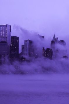 Картинка с тегом «city, purple, and fog»