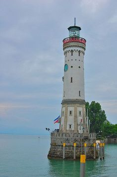 Lindau Leuchtturm Löwe - Lake Constance (Bodensee) part of a 3 country cycling route include Germany, Switzerland and Austria. Lindau Germany, Bavaria Germany, Lighthouse Pictures, Voyage Europe, Light Of The World, Beautiful Places, Places To Visit, Castle, Around The Worlds