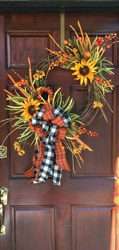 The Chic Technique: Sunflower Gingham Grapevine Wreath, aDOORable Wreaths by Melissa Thanksgiving Wreaths, Autumn Wreaths, Thanksgiving Decorations, Holiday Wreaths, Fall Decorations, Fall Door Wreaths, Wreath Crafts, Diy Wreath, Grapevine Wreath