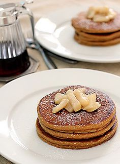 Need to make these Gingerbread Pancakes sometime this winter!