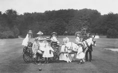Left to right, with donkey carriage: Pss Patricia & Prince Arthur of Connaught; nurse; Prince Leopold of Battenberg; Pss Margaret of Connaught; Prince Waldemar of Prussia; nurse; Prince Alexander & Pss Victoria Eugénie of Battenberg; groom.