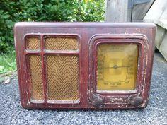 Vintage 1936 Emerson AL132 Repwood Model Tube Radio Powers On Parts Repair