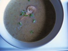 January 10th: Cream of Mushroom Soup. This is a soup that will become a family favorite. It is creamy, hearty and has no quilt. It is great for people that have dairy allergies, but people that eat dairy will not notice the difference. It just tastes great. #NationalSoupMonth #31MasselSoups