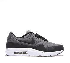 01d97e6605a6 Nike Air Max 1 Ultra Moire Trainer