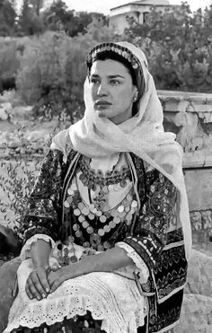 Classic Greek beauty, actress and former Olympic priestess, Maria Nafpliotu in a greek traditional costume. Photographed by famous photographer Calliopi Greek Dancing, Kai, Empire Ottoman, Greek Culture, Albanian Culture, Greek Beauty, Greek History, Famous Photographers, Folk Costume