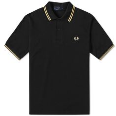 FRED PERRY LAUREL WREATH FRED PERRY REISSUES ORIGINAL TWIN TIPPED POLO. #fredperrylaurelwreath #cloth #