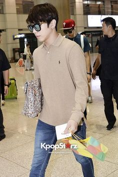 130908 incheon airport - cnblue's yonghwa
