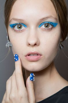Honor had one of the best (and brightest) cat eye looks at NYFW: http://beautyeditor.ca/2014/09/19/honor-spring-2015-makeup