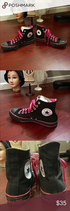 CHUCK TAYLOR CONVERSE ALLSTARS CHUCK TAYLOR BLACK N PINK CONVERSE ALLSTARS EXCELLENT CONDITION MEN SIZE 7 WOMEN SIZE 9 Shoes Sneakers