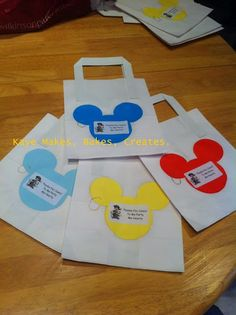 DIY Mickey Mouse party bags.