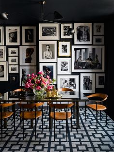 Tour Brian Atwood and Dr Jake Deutsch s Striking NYC Apartment - Architectural Digest Decor, House Design, Room Design, Black Dining Room, Dining Room Design, Home Decor, House Interior, Apartment Decor, Architectural Digest