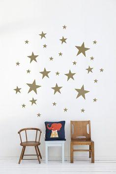 Goldene Sterne Weiße Wand Kinderzimmer Wandgestaltung
