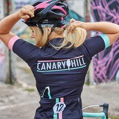 Canary Hill Magic12 cycle shirt for women - Canary Hill www.canaryhill.be Funky Design, Cycling, Glamour, Womens Fashion, Shirts, Biking, Bicycling, Women's Fashion, Woman Fashion