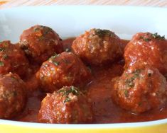 A chi non piacciono le polpette? A me, tanto! Tasty, Yummy Food, Albondigas, Cooking Chef, Italian Recipes, Finger Food, Food And Drink, Carne, Ethnic Recipes