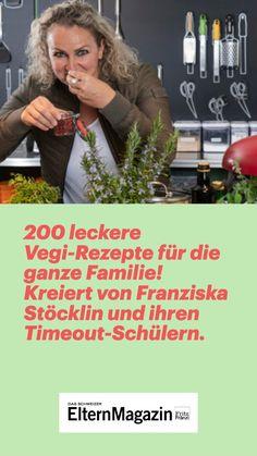 Franziska Stöckli entwickelte mit ihren Timeout-Schülerinnen und -schülern das Kochbuch «Greentopf» – die vegetarische Ergänzung zum Kochschul-Klassiker «Tiptopf». Die Sekundarlehrerin über Vegetarier, warum gemeinsames Essen verbindet und Kultrezepte. #fritzundfraenzi #greentopf #vegan #vegetarisch #ernährung #kinder #familie  #rezepte Entertainment, Healthy Eating For Children, Vegetarian, Vegetarische Rezepte, Entertaining