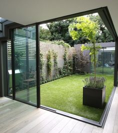 Garden Room / London, United Kingdom by Paul McAneary Architects 😍 🍎Who is with me on backyard garden goals. Rate 🌟 Don't forget to share your thoughts🌟 💎 . Interior Garden, Home Interior Design, Exterior Design, Interior And Exterior, Interior Doors, Luxury Interior, Scandinavian Garden, Scandinavian Style Home, Courtyard Design