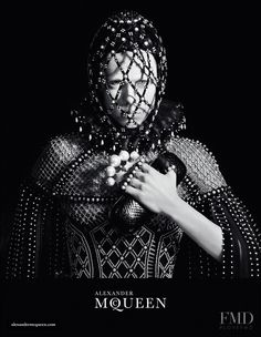 Photo feat. Edie Campbell - Alexander McQueen - Autumn/Winter 2013 Ready-to-Wear - london - Fashion Advertisement | Brands | The FMD #lovefmd