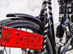 Tim Burton Tandem Bicycle | Bored Panda
