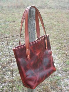 Gibson, Bruce Gibson, leather, tote, bag, medium, Cabernet, red, tan, reddish, mahogany, natural, Florida, USA, copper, brass, Hermann Oak, pull up, pullup, stamped, carved, natural oil, handmade, hand made, craft, crafted