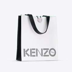 See every single piece from the upcoming Kenzo x H&M items in all! H&m Bags, Purses And Bags, Kenzo, H&m Shopping, Shoping Bag, H&m Collaboration, Range Bag, Golf Outfit, Streetwear Fashion