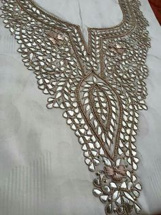 How to gota patti work for kurthis - Simple Craft Ideas Zardozi Embroidery, Tambour Embroidery, Hand Work Embroidery, Types Of Embroidery, Indian Embroidery, Embroidery Dress, Beaded Embroidery, Embroidery Stitches, Embroidery Patterns