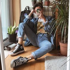New Fashion Style Vintage Men Outfit 28 Ideas 80s Fashion Men, Fashion Mode, Aesthetic Fashion, Aesthetic Clothes, Trendy Fashion, Korean Fashion, Fashion Outfits, Teenage Boy Fashion, Cheap Fashion