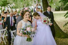 svadbolina kytice Wedding Bouquets, Wedding Dresses, Bridesmaid Dresses, Fashion, Bride Dresses, Bridesmade Dresses, Moda, Bridal Gowns, Wedding Brooch Bouquets
