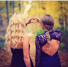 Hair prom picture poses, prom pictures и homecoming pictures. Homecoming Poses, Prom Poses, Homecoming 2014, Sister Poses, Friend Poses, Prom Pictures, Dance Pictures, Cheer Pictures, Best Friend Fotos