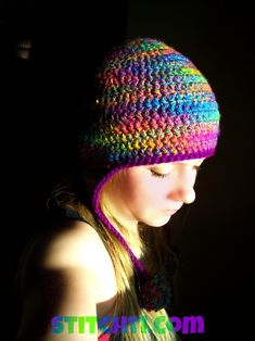 RedHeart Curly Q Earflap Pattern. ☀CQ #crochet   http://www.pinterest.com/CoronaQueen/crochet-apparel-corona/