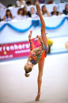 Maria Yushkevitch (Belarus), Grand Prix (Deventer, Netherlands) 2006. (Photo by Tom Theobald)