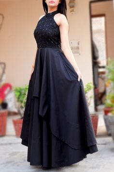 Perfectly cut, this Solid Black Color Padded Double Flair Dress with beautifully embroidered bodice from Colorauction exudes feminine charm. Dress Indian Style, Indian Fashion Dresses, Girls Fashion Clothes, Dress Neck Designs, Fancy Blouse Designs, Gowns For Girls, Frocks For Girls, Anarkali Dress, Lehenga