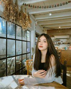 Pretty Korean Girls, Cute Korean Girl, Asian Girl, Teen Girl Photography, Photography Poses Women, Cute Little Girl Dresses, Cute Girls, Korean Outfit Street Styles, Filipino Girl