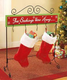 Splendid Christmas Stockings Ideas For Everyone_25