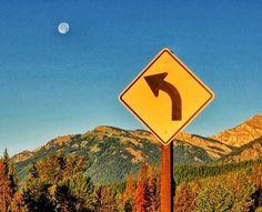 Señalización que indica el camino hacia la Luna:
