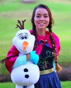 Instead of spending tons of money on a Princess Anna Halloween costume from the Disney movie Frozen, DIY it instead from cheap clothes and fabric.