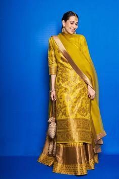 Karisma Kapoor chose a yellow lehenga set for Armaan Jain's mehandi - Indian Ethnic Wear Sharara Designs, Kurti Designs Party Wear, Kurta Designs Women, Blouse Designs, Mehendi Outfits, Pakistani Wedding Outfits, Bridal Outfits, Wedding Outfits For Women, Indian Attire
