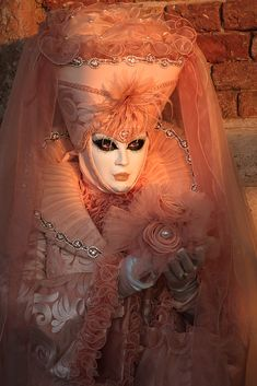 Die schönsten Bilder von Venedig.... Carnival Of Venice, Game Of Thrones Characters, Princess Zelda, Italy, Fictional Characters, Art, Venice, Pretty Pictures, Nice Asses