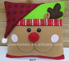 Christmas 2019 : Christmas decorations 2019 - 2020 that you can make with felt Felt Christmas Decorations, Noel Christmas, Christmas Crafts For Kids, Christmas 2019, Christmas Ornaments, Christmas Chair Covers, Christmas Cushions, Christmas Classroom Door, Christmas Applique