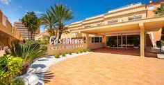 Hotel RH Casablanca - Entrada Casablanca, Exterior, Mansions, House Styles, Home Decor, Walks, Hotels, Entryway, Beach