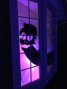 Beetlejuice worm window silhouette for O'Vega halloween theme Halloween Juice, Casa Halloween, Halloween Cans, Theme Halloween, Halloween Home Decor, Outdoor Halloween, Halloween 2019, Office Halloween Themes, Tim Burton Halloween Costumes