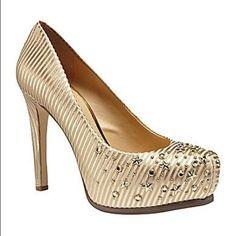 DISO Gianni Bini Venus Shoe in size 5.5/6 DISO Gianni Bini Venus Shoe in size 5.5/6. Gianni Bini Shoes
