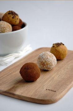 Raw carrot cake balls | including cake
