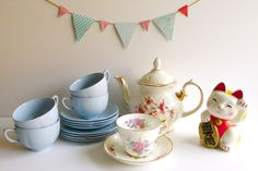 Vintage Tea Treasures: An Etsy Shop Update